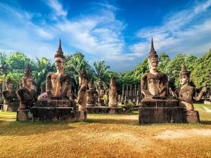Half Day Tour Buddha Park Packages