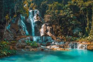 City Tour & Kuangsi Waterfall Packages